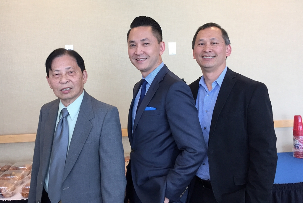 Viet Thanh Nguyen with his Family。.jpg