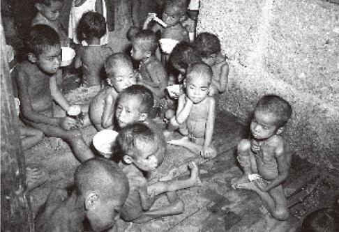 戦災孤児@沖縄.jpg
