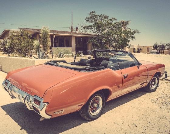 Dave Catching`s Oldsmobile (by Kim Stringfellow).jpg