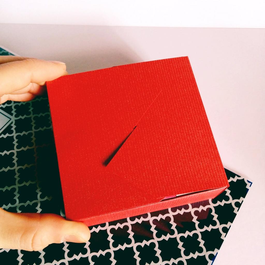 紙で作ろう!バレンタイン9キューブBOX