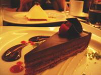 フランボワーズのチョコレートケーキ
