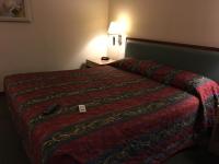 メトロプラザホテルのベッド