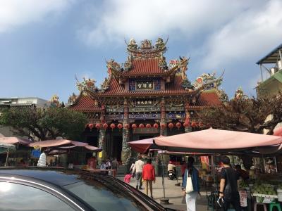 龍虎塔の向いのお寺