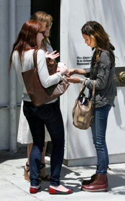 Jessica Alba, Eva Mendes & Bryce Dallas meeting in West Hollywood