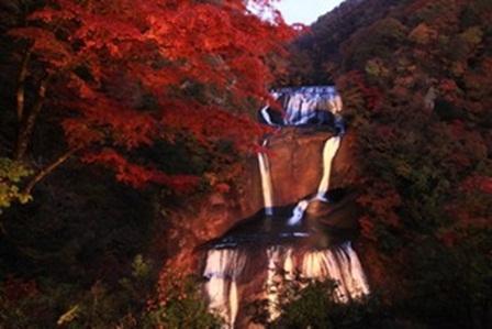 紅葉滝16.jpg