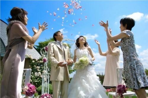 冠婚葬祭の噂・裏技・裏話_新郎が右、新婦が左の理由