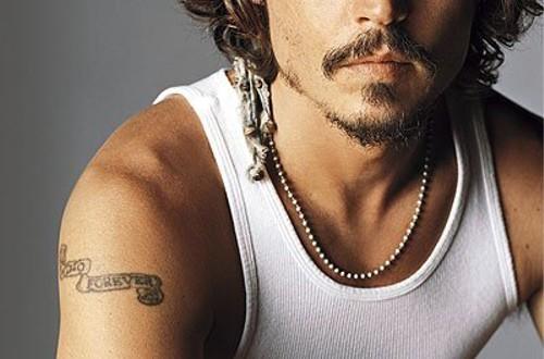 メディアの噂・裏技・裏話_ジョニー・デップのタトゥー