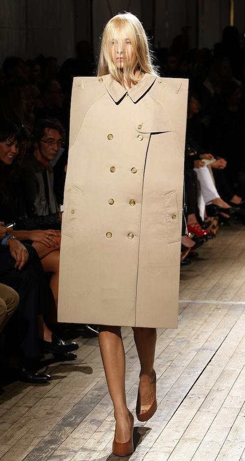 ファッションの噂・裏技・裏話_もはやファッションではない斬新すぎるデザイン