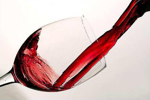 美容の噂・裏技・裏話_赤ワインとピーナッツで20年寿命が延びる