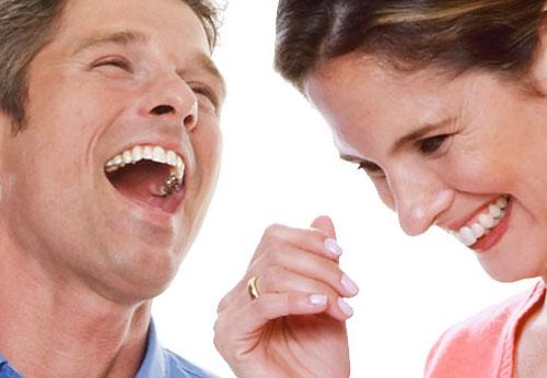 海外の噂・裏技・裏話_アメリカでは(笑)はLOLと書く
