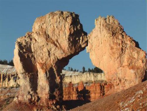 おもしろ画像の噂・裏技・裏話_恋人同士のような岩