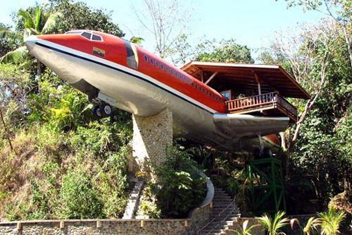 おもしろ画像の噂・裏技・裏話_飛行機みたいな家