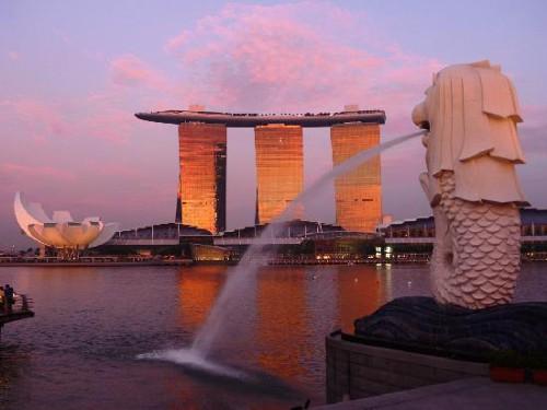 ITの噂・裏技・裏話_世界で一番スマホが普及しているのはシンガポール