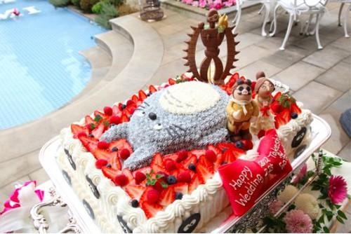 漫画・アニメ・キャラクターの噂・裏技・裏話_芸術的なトトロのウェディングケーキ