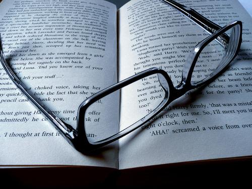 なんで読めるの!?メチャクチャな文章なのになぜかスッと読めてしまう文章とは