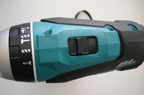 マキタ 4モードインパクトドライバ TP131D,TP141D