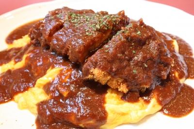 鹿児島産豚を使用したパン粉まで美味しい城下カツカレー