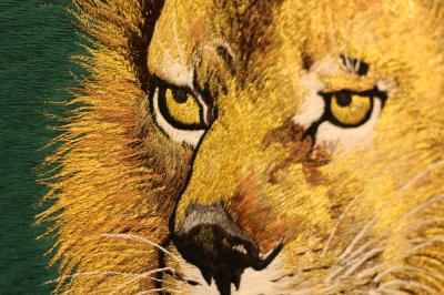 横振り刺繍 ライオン