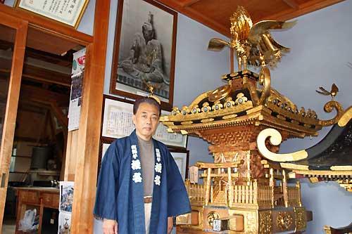 椎名神輿師と自作の神輿