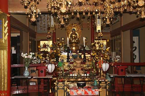 円福寺本堂仏壇