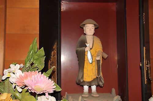 円福寺鯖大師像