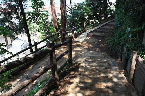 気象台公園坂4.jpg