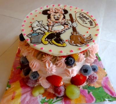 ミニーちゃんのイラストケーキ2
