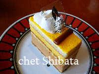 マンゴーとキャラメルのケーキ