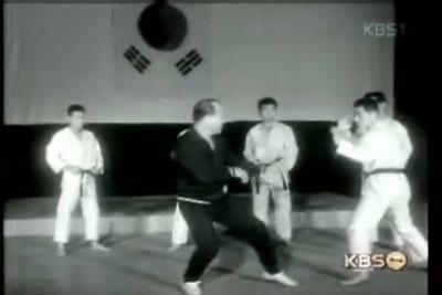 1967大山倍達韓国視察.jpg