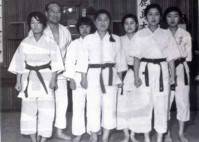 1968極真女子部.jpg
