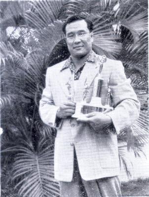 1952ハワイで.jpg
