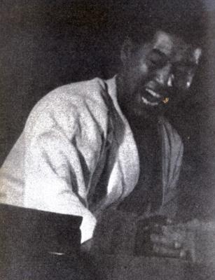 郷田勇三3.jpg