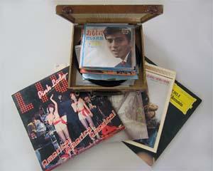昭和のレコードとレコードケース