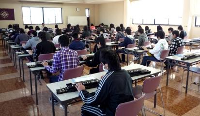 琴伝流見学・和歌山商業高等学校