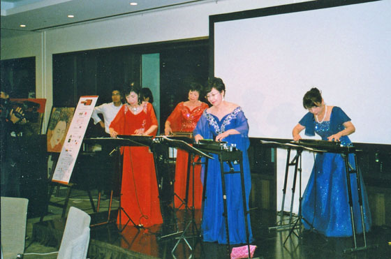TELL JAPANチャリティーオークション演奏
