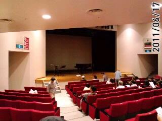 横浜美術館レクチャーホール