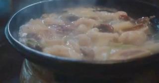 比良山荘の月鍋(月とスッポン鍋)熊鍋