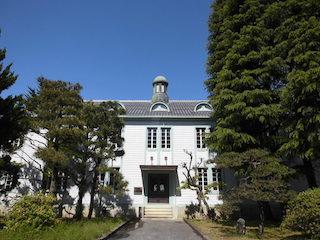 滋賀大学の彦根キャンパスの講堂