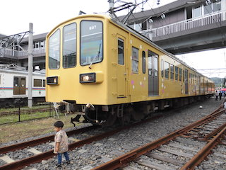 鉄道が好きな子供