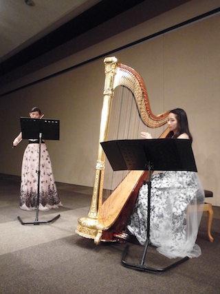 ヴァイオリン・ハープのコンサート(大西伶奈&足木かよ)