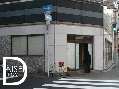 梅田・角地 コンビニ跡