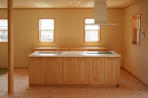 檜のキッチン