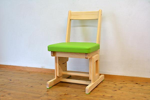 ひのき 高さ調整式 椅子1