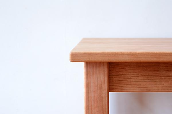 アメリカンチェリーテーブル2