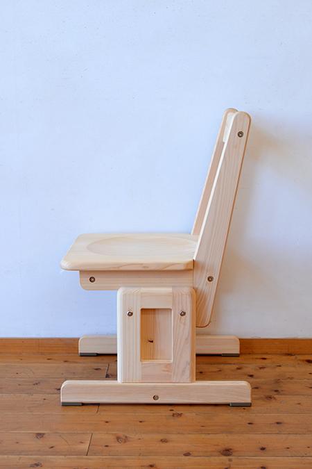 ひのき無垢 高さ調整式学習椅子3