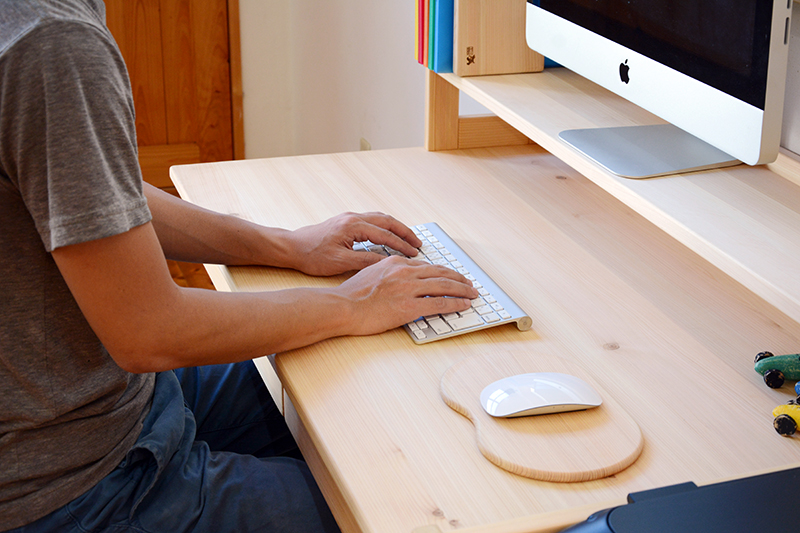 ひのき無垢 高さ調整式学習机パソコンセット4