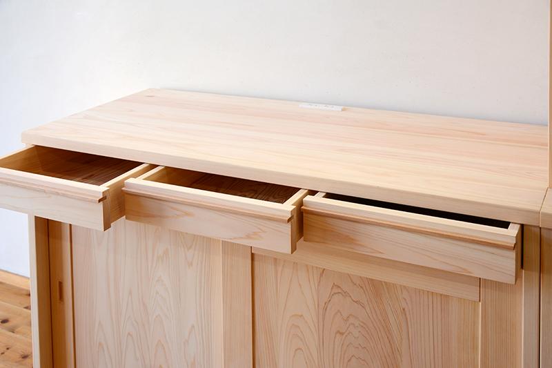 ひのき無垢 引き戸食器棚5