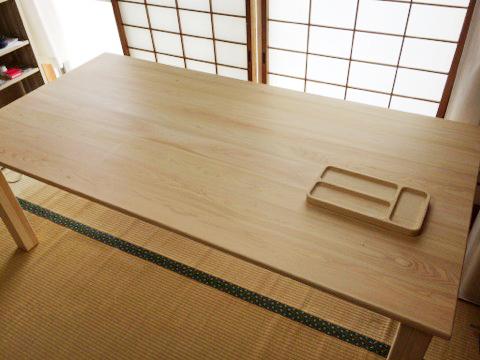 ひのきのテーブル1