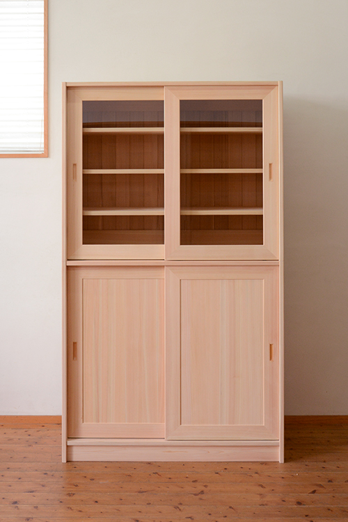 2段引戸の食器棚1