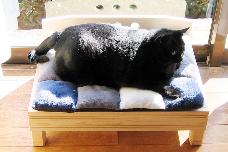 ひのき無垢 ねこベッド